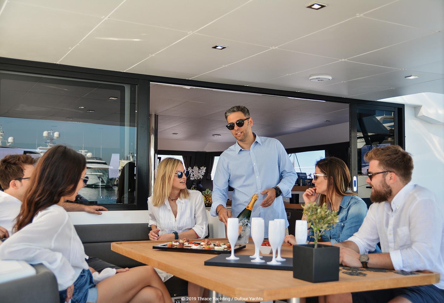 Dufour Catamaran 48  relaxation 3